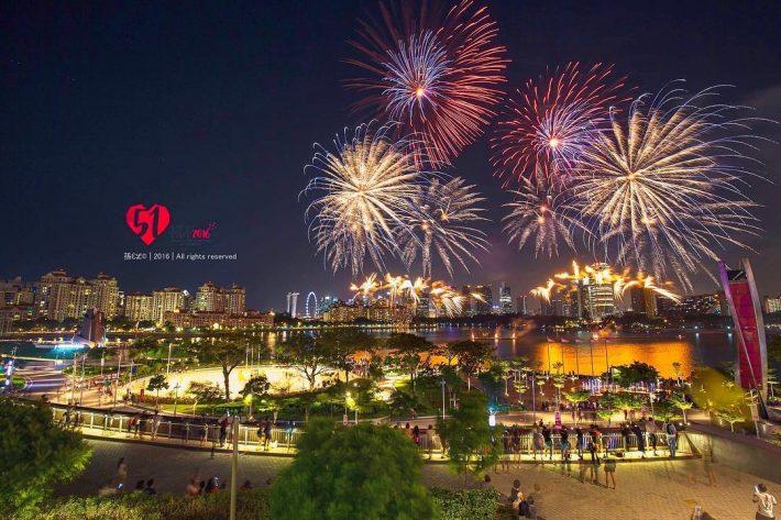 Fireworks-at-Kallang-Wave-Mall