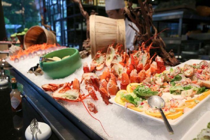 9880453_snippets-lobsterfest-at-lime-restaurant_t80c7bf25